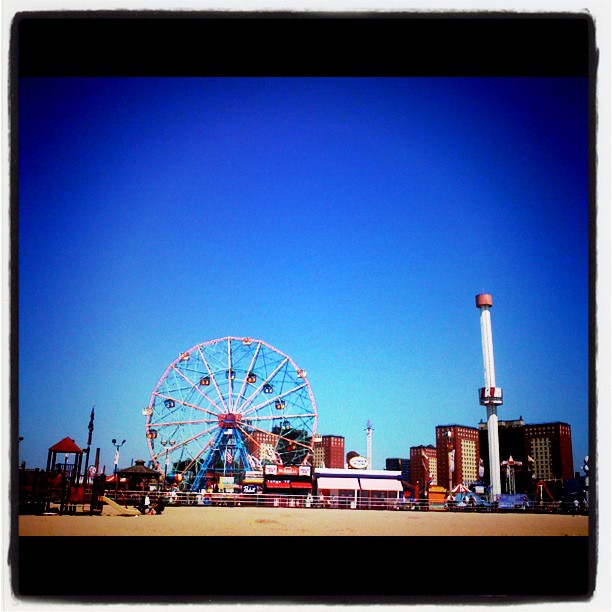 coney island theme park Ferris wheel