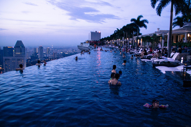 sands hotel pool in singapore