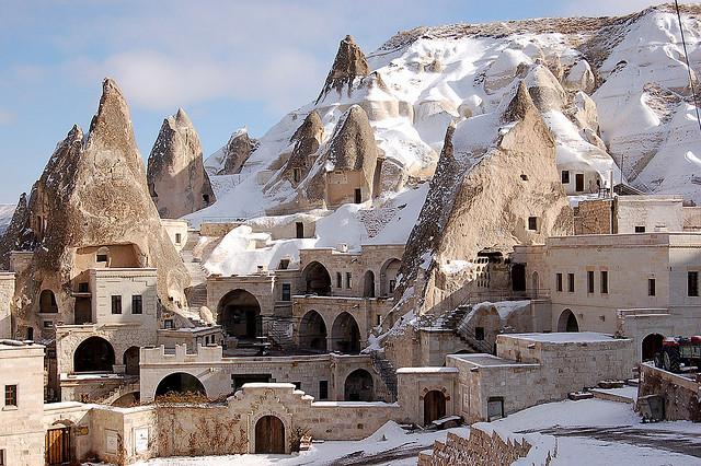 cave hotels in goreme turkey