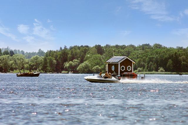 underwater hotel sweden