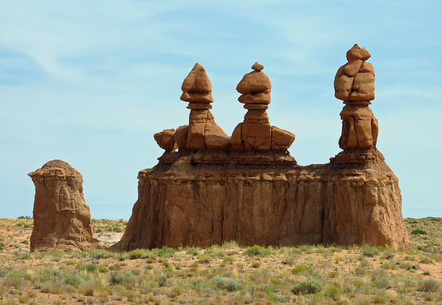 interesting rock formations in Utahl