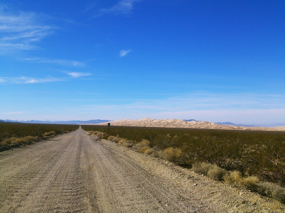 road to kelso sand dunes