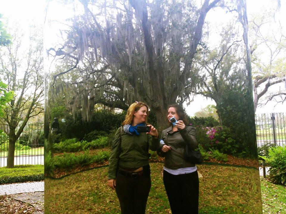 mirror statue at statue garden in New Orleans