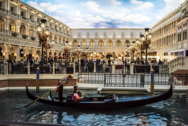 The-Gondola-The-Venetian