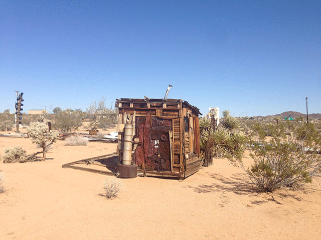 noah-purifoy-outdoor-desert-art-museum-9